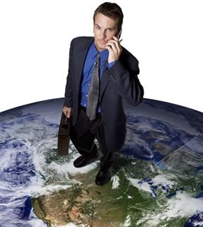 Man_Standing_Globe