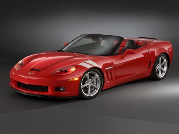 2010-chevrolet-corvette-grand-sport-front-angle-588x441